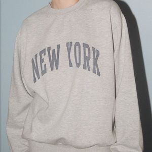 Brandy Melville Erica Sweatshirt (New York)